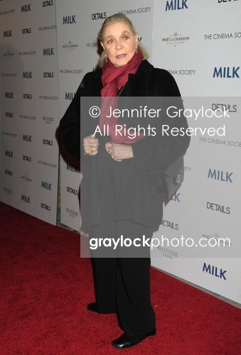 ~Entertainment~20081118~The_screening_of_Milk~LaurenBacall0338