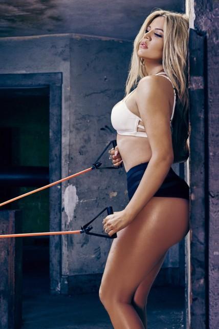 7-khloe-kardashian-for-complex-magazine