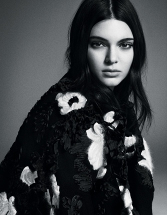 Kendall-Jenner-Vogue-Japan-November-2015-Editorial02