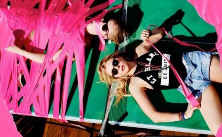 Chloe-Grace-Moretz-Complex-Magazine-April-2016-Cover-Photoshoot04-450x278