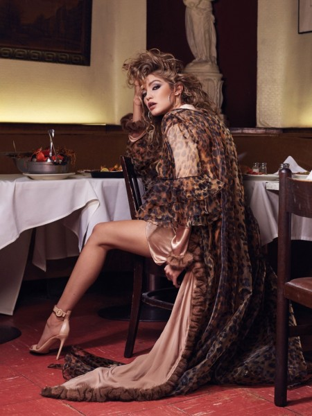 Gigi-Hadid-CR-Fashion-Book-Spring-2016-Photoshoot01-450x600