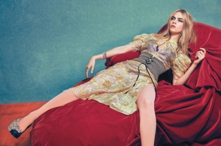 Cara-Delevingne-W-Magazine-June-2016-Cover-Photoshoot04-450x298
