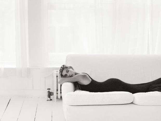 Hailey-Baldwin-Vogue-Mexico-Cover-Photoshoot04