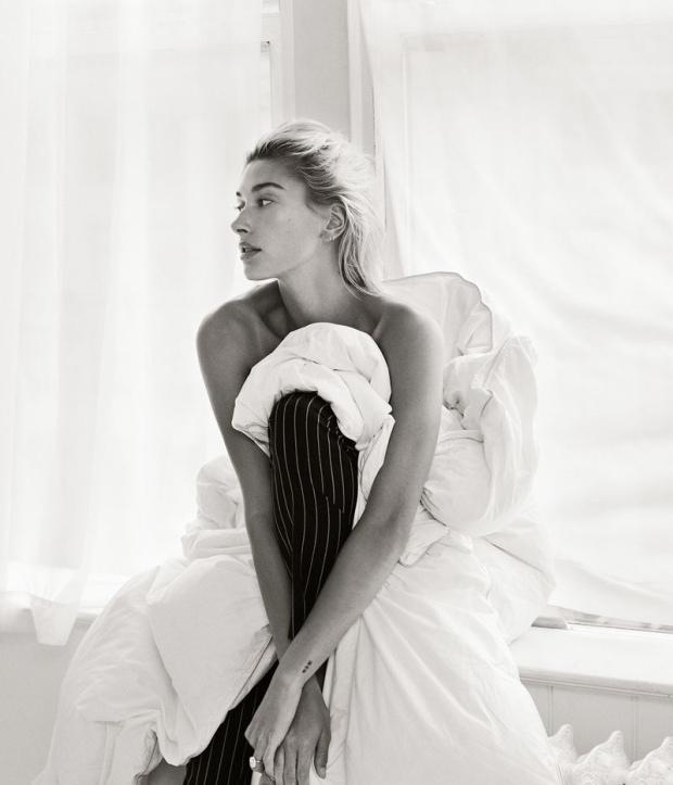 Hailey-Baldwin-Vogue-Mexico-Cover-Photoshoot06
