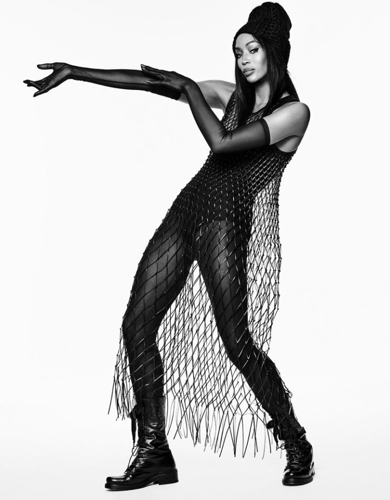 Naomi-Campbell-Black-White04