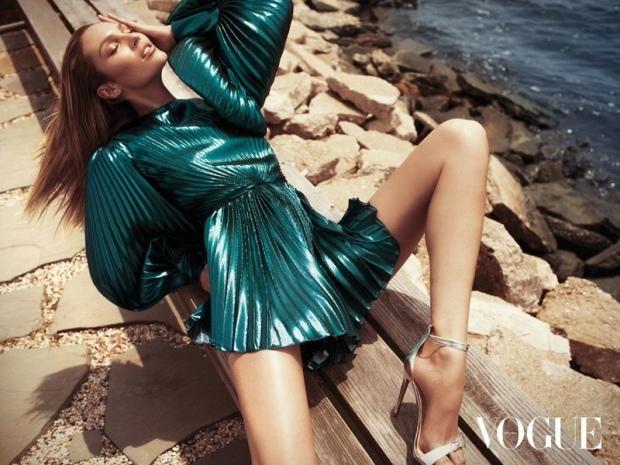 Candice-Swanepoel-Fashion-Shoot02